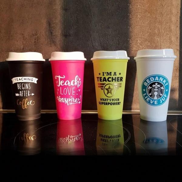 Starbucks bekers